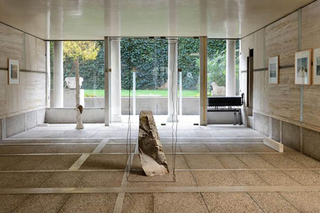 """Trasporto A/R ed installazione opere per la mostra """"Le Pietre del Cielo. Luigi Ghirri e Paolo Icaro"""""""