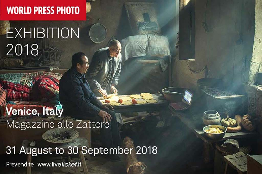 "Allestimento opere fotografiche per la mostra ""World Press Photo 2018"""